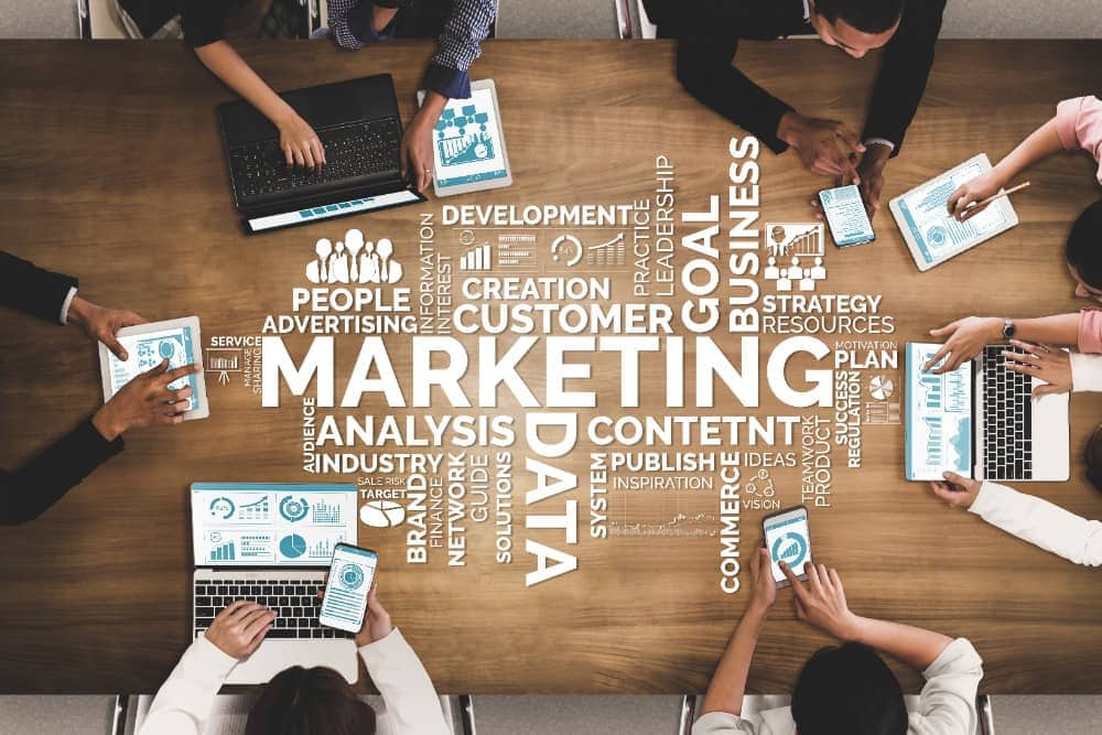 Here's what you should look for when hiring a marketing agency for your company.